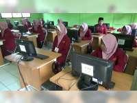 Kekurangan Komputer, Pelaksanaan UNBK Tingkat SMA di Bojonegoro Dibagi Beberapa Sesi