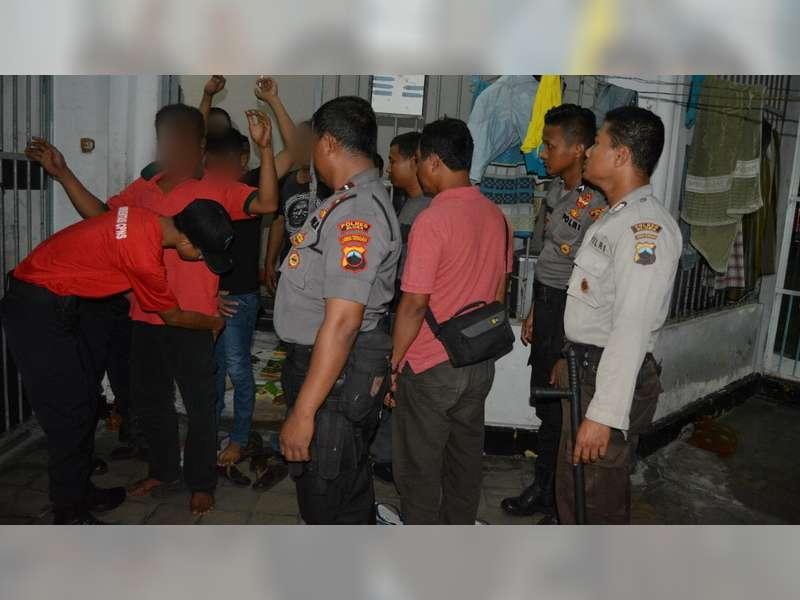 Antisipasi Peredaran Narkoba, Petugas Gabungan Sidak Rutan Kelas IIB Blora