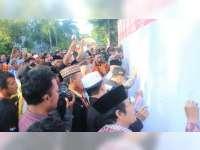 Ribuan Warga Bojonegoro Sampaikan Belasungkawa pada Anggora Polri yang Gugur