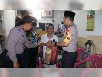 Kapolres Bojonegoro Salurkan Bantuan Pada Warga Kurang Mampu
