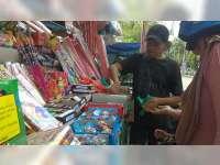 Penjual Kembang Api di Bojonegoro, Tak Seramai Dulu Lagi