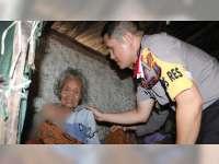 Berkah Ramadan Bagi Nenek Sebatangkara
