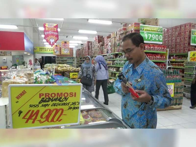 Di Bojonegoro Masih Ditemukan Makanan Kedaluwarsa Dijual di Pasar Tradisional dan Swalayan