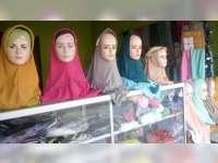 Bulan Ramadan, Omzet Penjualan Jilbab Meningkat