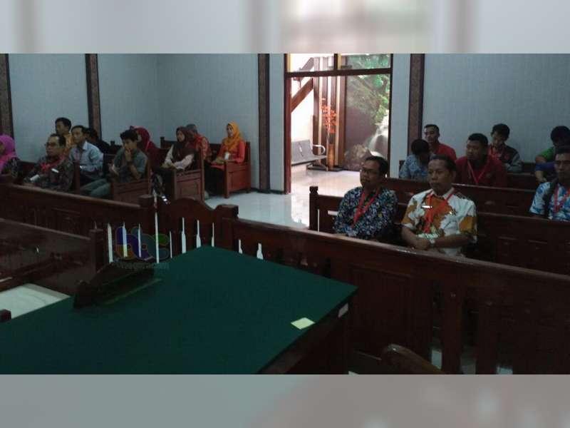 Majelis Hakim PN Bojonegoro, Tolak Gugatan Pengisian Perangkat Desa