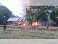 Kebakaran Hanguskan Rumah Milik Warga Dander Bojonegoro, Kerugian Capai Rp 300 Juta