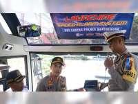 Sat Lantas Polres Bojonegoro Pasang Speed Alarm System pada Armada Bus AKDP