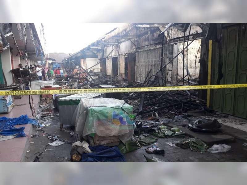 Puluhan Kios di Pasar Plaza Cepu Blora Ludes Terbakar