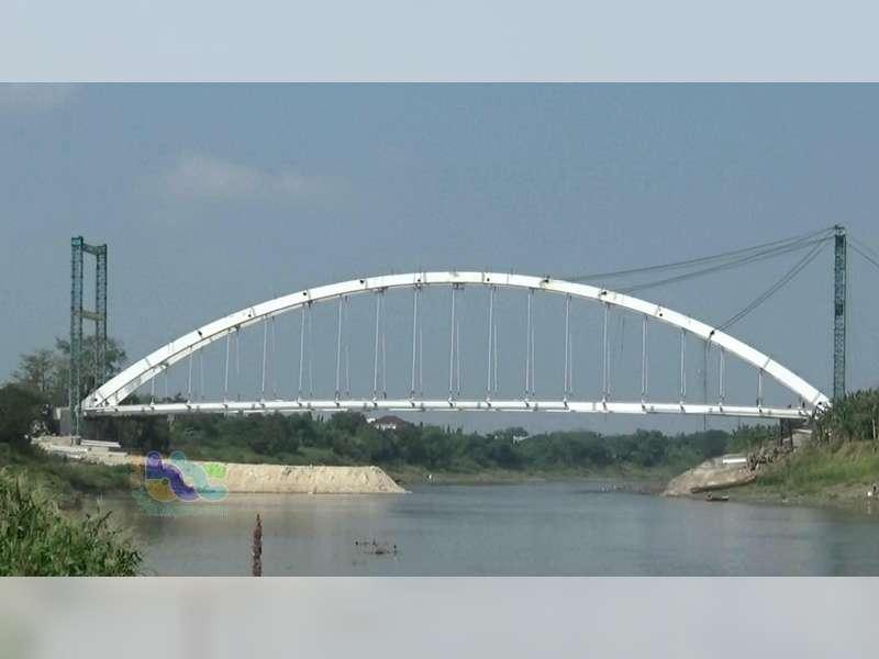 Jembatan Trucuk Dipastikan Selesai Agustus 2018