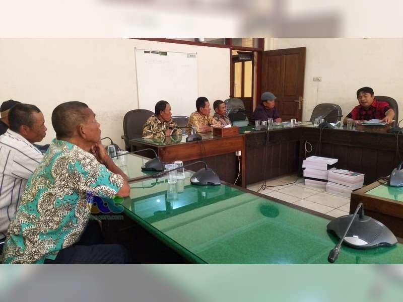 Komisi A DPRD Bojonegoro Akan Cari Solusi Aduan Sejumlah Mantan Juru Parkir