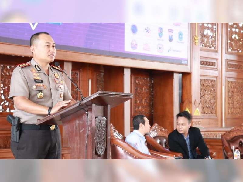 Kapolres Tuban Jadi Narasumber Acara Millenial Inspiration