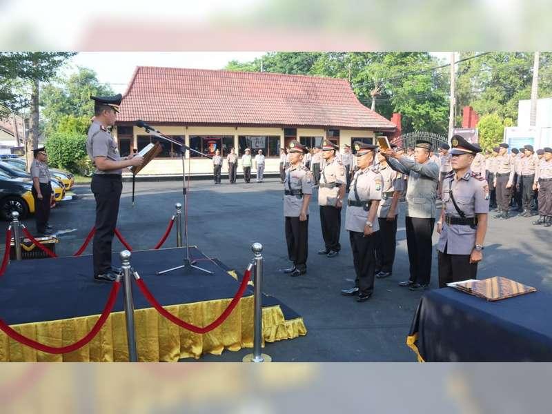 Kapolres Bojonegoro Pimpin Sertijab Sejumlah Perwira dan Kapolsek Jajaran