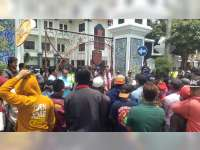 Ratusan Warga Mojoagung Soko Tuban, Minta Kejaksaan Tindak Tegas Kades Korupsi