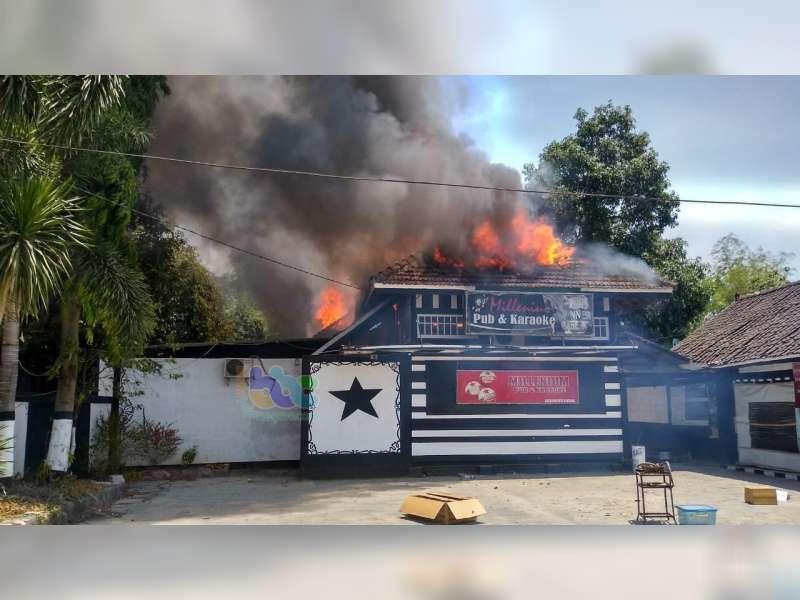 Millenium Pub & Karaoke Cepu, Ludes Terbakar