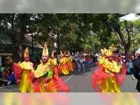 Tradisi Munggut Sabet Juara II Pawai Budaya Tingkat SD, Kabupaten Bojonegoro