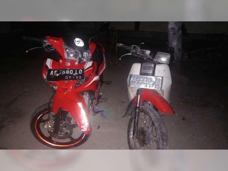 Tabrakan Motor di Margomulyo Kedua Pengendara Alami Luka-Luka