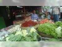 Di Pasar Bojonegoro, Harga Sayur-Mayur Cukup Stabil, Harga Bumbu Dapur Alami Kenaikan