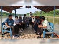 Bupati Bojonegoro dan Bupati Blora Tinjau Lokasi Pembangunan Jembatan Penghubung