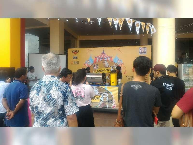 24 Barista Adu Kepandaian pada Latte Art Battle Pertama di Bojonegoro
