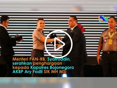 Menteri PAN-RB Serahkan Penghargaan Kepada Kapolres Bojonegoro