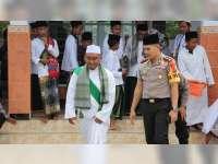Kapolres Bojonegoro Beri Motivasi pada Santri Ponpes Fathul Majid di Kasiman