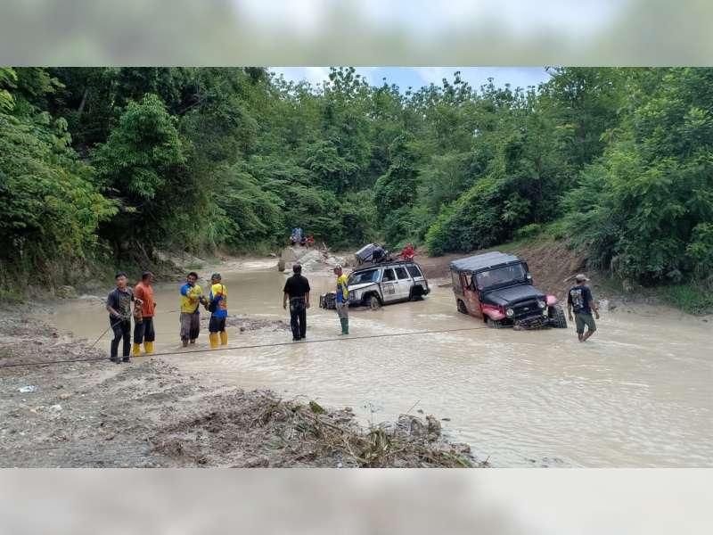 Polisi Bojonegoro Gandeng Komunitas Offroad, Cek TPS Daerah Terpencil