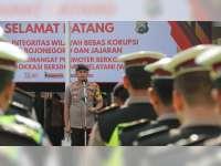 Kapolres Bojonegoro Imbau Anggota Tingkatkan Pelayanan pada Masyarakat
