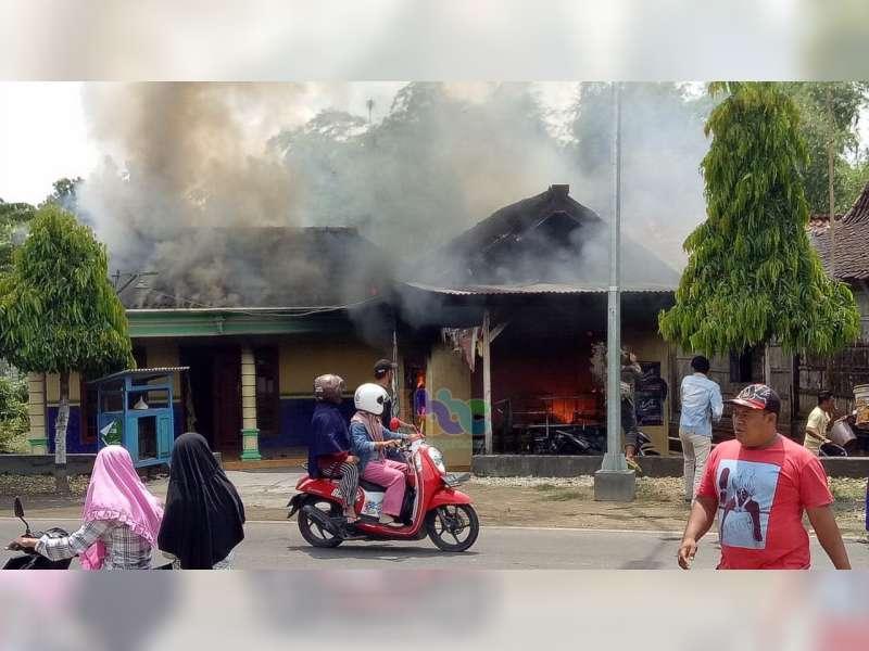 Kebakaran di Parengan Tuban, 1 Orang Meninggal Dunia 2 Orang Lainnya Luka-Luka