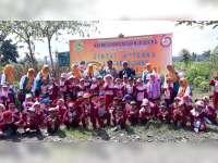 Perhutani KPH Blora Bersama KB-TK Baitunnur, Laksanakan Penanaman Pohon