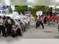 Tingkatkan Kemampuan Anggota, Polres Bojonegoro Gelar Latihan Dalmas