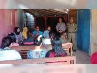 Polsek Kunduran Bersama Tim Medis, Periksa Kesehatan Warga Lokalisasi Yank Jrong Blora