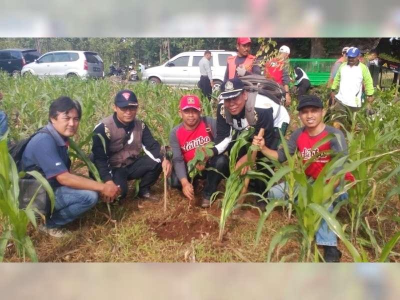 Lapas TubanGelar Penanaman Pohon Penghijauan di Kawasan Hutan Merakurak