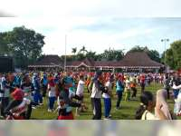 32 Kelompok Ikuti Lomba Senam Karnaval SCTV di Alun-alun Bojonegoro