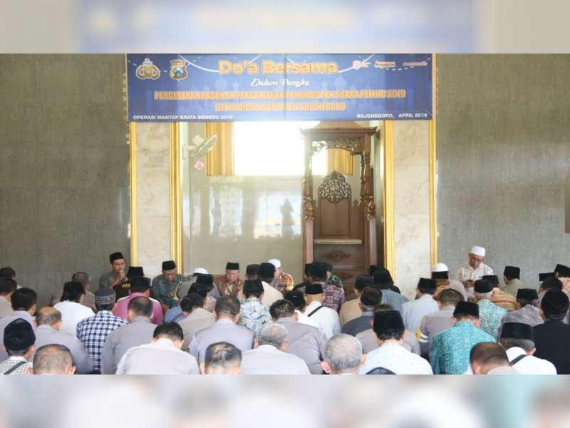 Polres Bojonegoro Gelar Doa Bersama Untuk Kelancaran dalam Pengamanan Pemilu 2019
