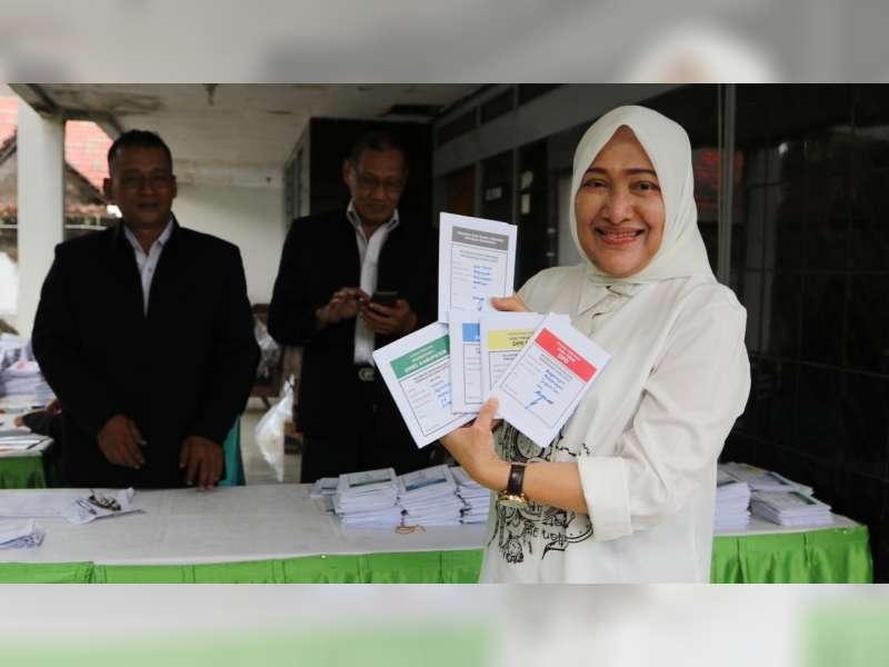 Bupati dan Wakil Bupati Bojonegoro Lakukan Pencoblosan Pemilu 2019