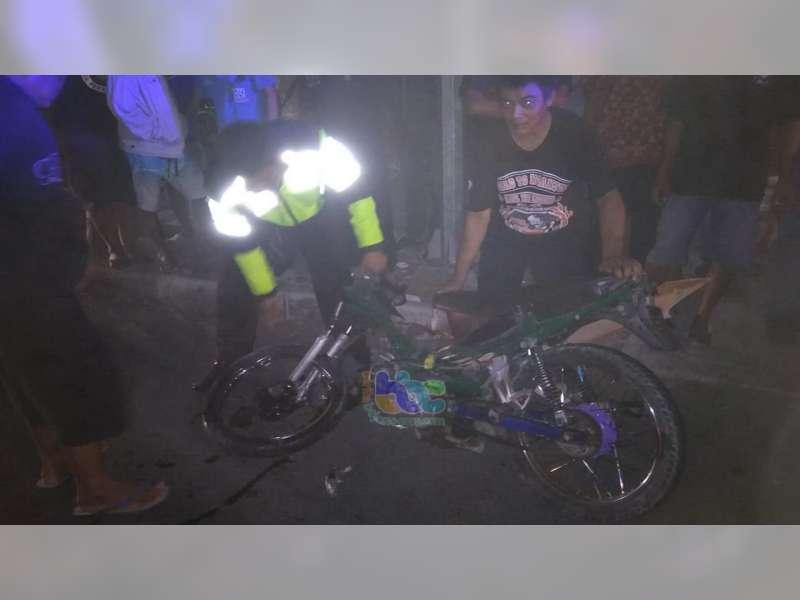 Diduga Balap Liar, Seorang Pemotor Tewas, Tabrak Fortuner di Jalan Veteran Bojonegoro