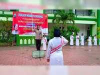 Peringati Hari Kartini, Polwan Polres Bojonegoro Gelar Police Goes to School