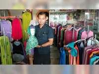 Ramadan Tiba, Omset Penjual Busana Muslim di Blora Meningkat