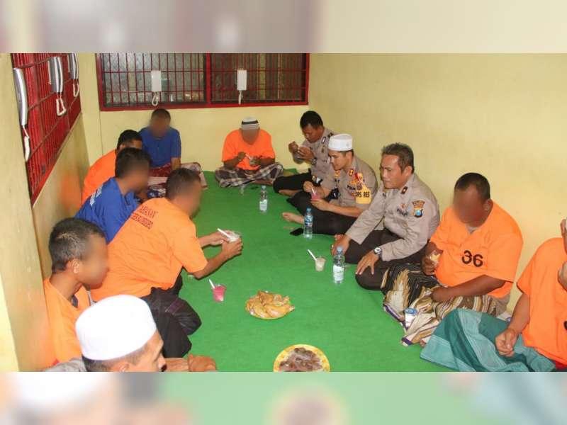 Polres Bojonegoro Gelar Buka Puasa Bersama dengan Para Tananan