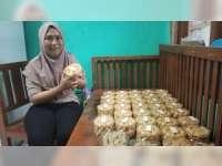 Pembuat Kue Kering di Blora, Kebanjiran Order Hingga Kuwalahan Penuhi Pesanan