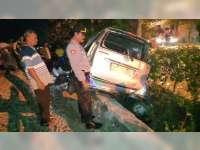 Lagi-lagi, Mobil Ditabrak Kereta Api di Perlintasan Tanpa Palang Pintu di Kapas Bojonegoro