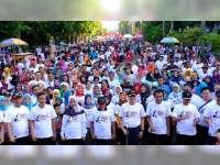 Peringatan Hari Bhayangkara, Polres Bojonegoro Gelar Jalan Sehat