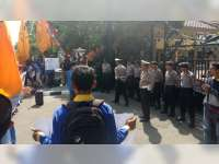 Polres Bojonegoro Beri Pengamanan Aksi Damai Yang Digelar Mahasiswa