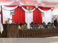 Bupati Bojonegoro Sampaikan Jawaban Pemerintah Atas Pandangan Umum Fraksi-Fraksi DPRD