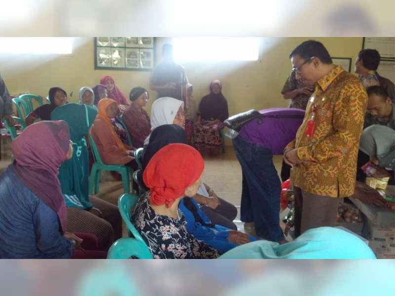 Pemerintah Provinsi Jawa Timur Serahkan Bantuan di 3 Kecamatan di Bojonegoro