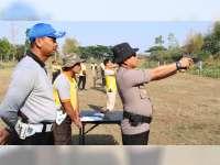 Tingkatkan Kemampuan Anggota, Polres Blora Gelar Latihan Menembak