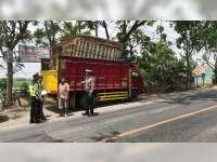 Razia Hari Ketujuh, Polres Bojonegoro Tindak Kendaraan Kelebihan Muatan
