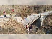 Hendak Diperbaiki, Jembatan di Gondang Bojonegoro Putus, Akses Warga Terganggu