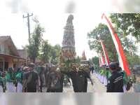 Kirab Gunungan Buka Gelaran Festival Sentono di Kradenan Blora