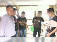 Polres Bojonegoro Tindak 9 Orang yang Kedapatan Minum-Minuman Keras di Tempat Umum